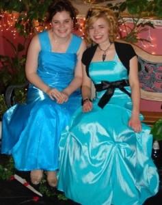 Chloe Parks (right)
